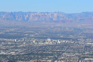 1024px-Las_Vegas_from_Frenchman_3