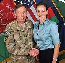 220px-David_Petraeus_and_Paula_Broadwell